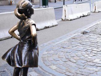 https://www.vocenews.it/wp-content/uploads/2020/08/Petizione_statua_bambineTdH.VoceNews-1.jpg